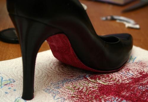 DIY Glitter Shoes {Tutorial} | Slap Dash Mom