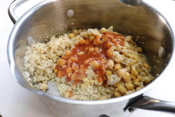 quinoa mixture with hot sauce added