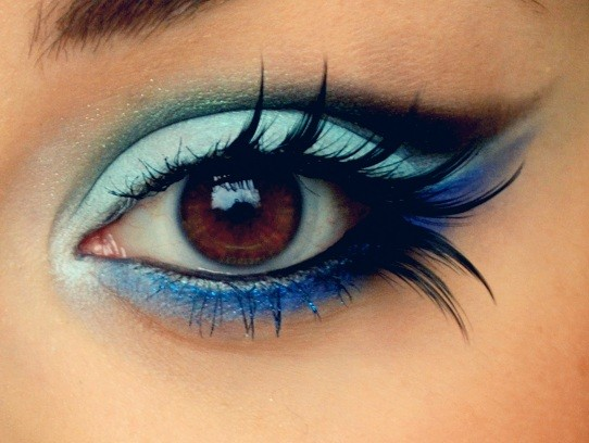 blue new years eve makeup