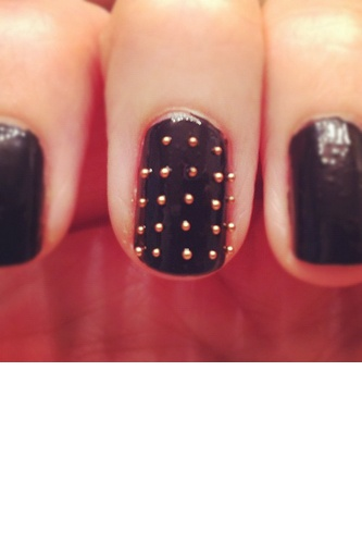 black new years eve nails