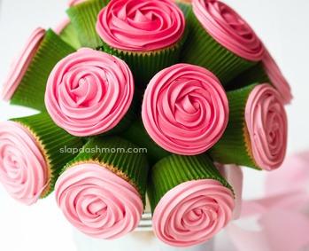 DIY Cupcake Rose Bouquet
