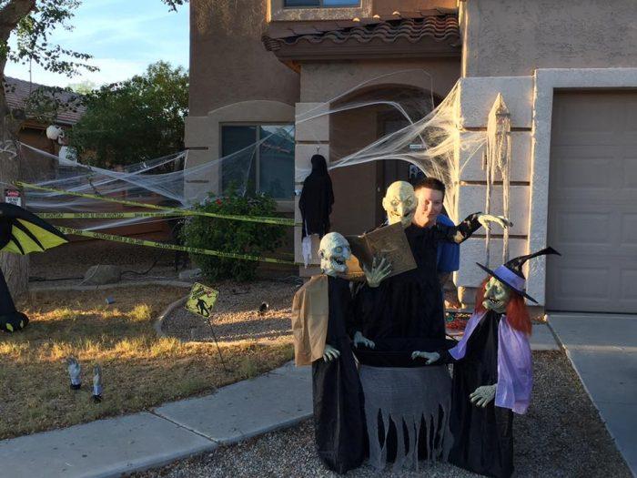 halloween decorations front yard