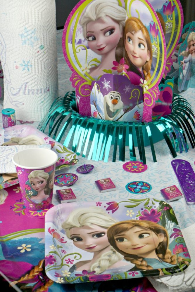 How to Host a Frozen Party on a Budget