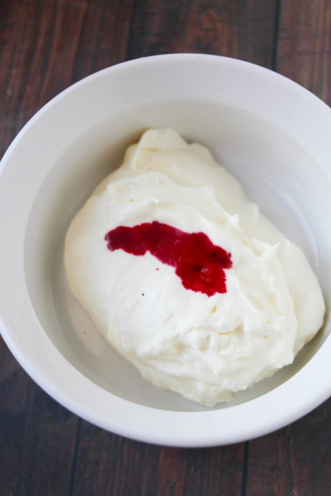 How to Make Homemade Peppermint Ice Cream