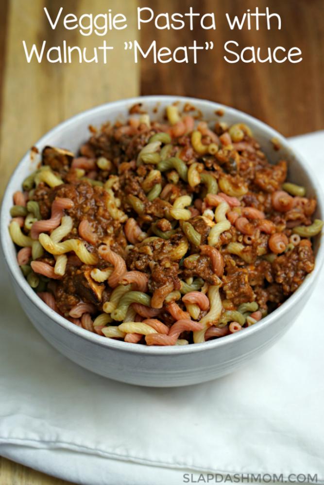 Vegan pasta walnut 'meat' sauce