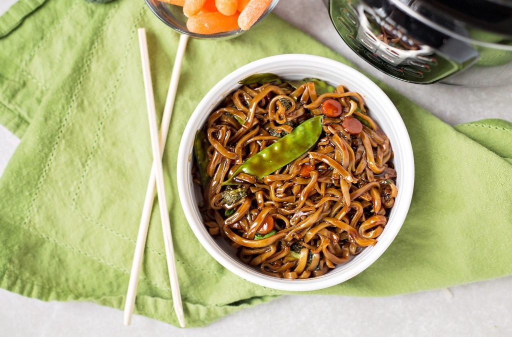 Instant Pot Lo Mein (Vegan)