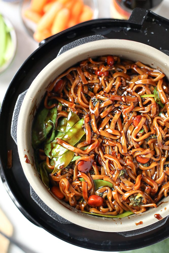 Best Instant Pot Lo Mein