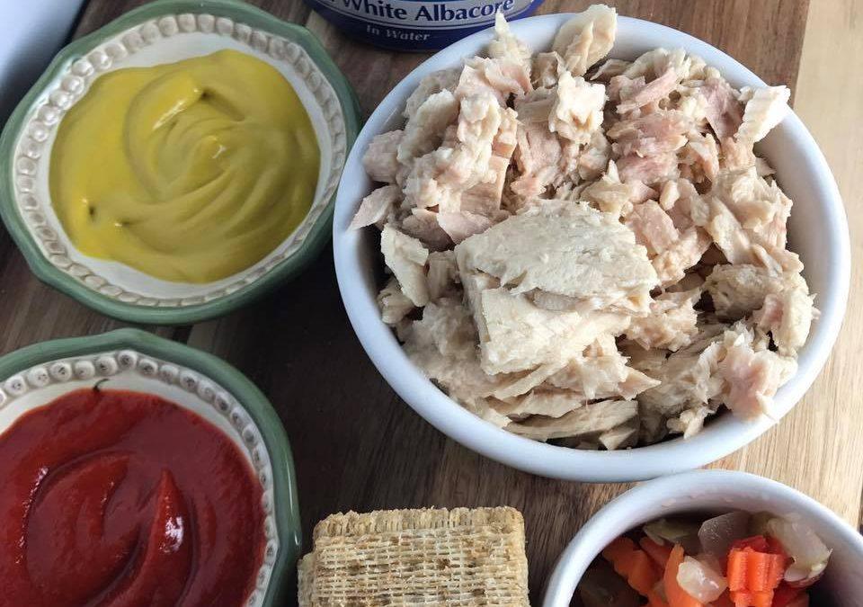 Spicy Veggie Tuna Salad + Protein Packed Lunch Ideas