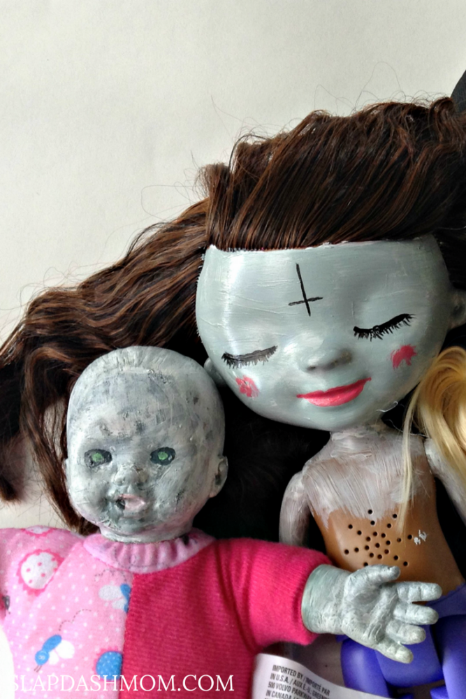 DIY Halloween Dolls
