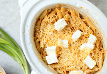 Crock Pot Buffalo Ranch Pasta