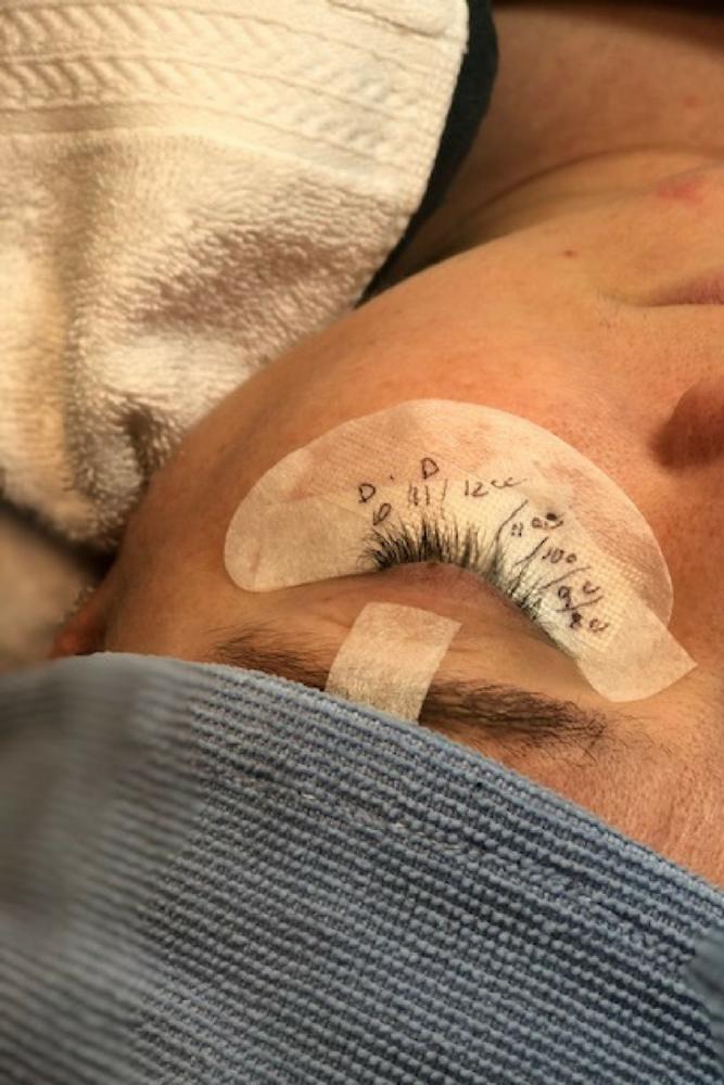 a61db807769 First Time Getting Eyelash Extensions (AZ Lash Lady Review) – Slap ...