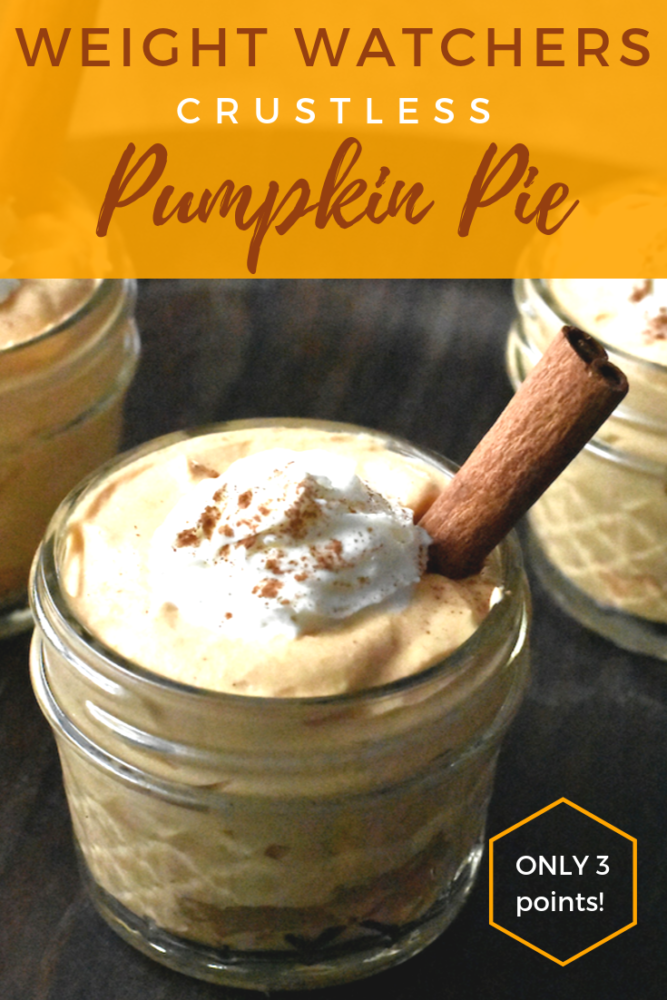 For your next fall gathering, try this amazing Crustless Pumpkin Pie! Weight Watcher friendly, only 3 points! You can seriously have your pie and eat it too! Full of pumpkin flavor just in time for the fall season! #pumpkin #pumpkinpie #weightwatchers #crustless #desserts