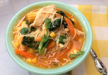 Thai Chicken Curry and Kale Soup - 5 pts