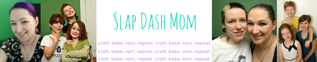 Slap Dash Mom logo